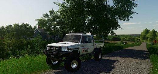 Toyota Land Cruiser 70 v 1.0